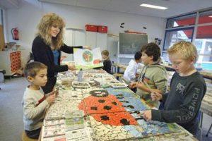 Mozaiek workshop op basisschool in Nijmegen door Lieke van Dommelen.